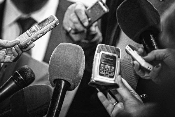 Председатель Государственной Думы Федерального Собрания Российской Федерации Вячеслав Володин поздравил Губернатора Брянской области c Днем Победы