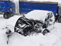 В аварии на встречке пострадали два человека