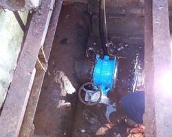 Коммунальщики вернули воду и тепло 41 тысяче горожан