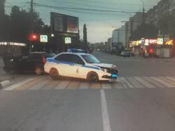 Полицейский автомобиль попал в ДТП во время погони за пьяным водителем