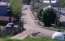 Житель: в Заводском районе делают дорогу 'без тротуаров и водоотведения'