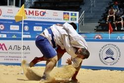 Единоборцы завоевали две медали ЧР по пляжному самбо