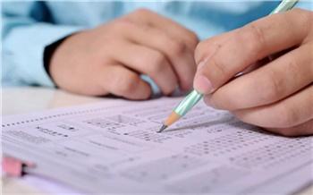 «За 20 лет не было ни одного нарушения на ЕГЭ»: в Ванаваре провели единый экзамен по химии для одного ученика