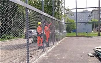 «Защита от вандалов и автоматическая подсветка»: в Красноярске отремонтируют четыре дворовых спортплощадки