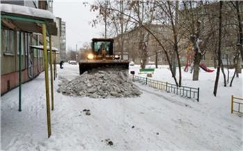 В Красноярске на прошлой неделе снег вывезли из 269 дворов. Нужно почистить еще 1300