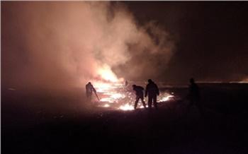 «2015 год ничему не научил?»: рядом с поселком Шира произошел первый в этом году степной пожар