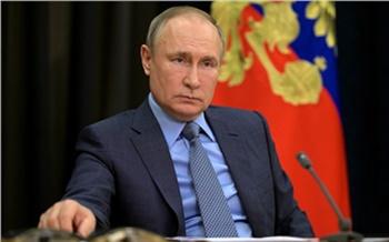 Путин назвал оправданным решение о продлении майских праздников в России