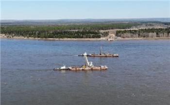 Строители нового моста через Енисей приступили к установке русловых опор