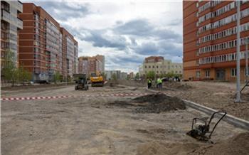 После жалоб родителей губернатор поручил ускорить строительство дороги к новому детскому саду на Мате Залки