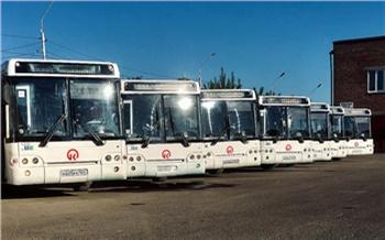 На дороги Красноярска вышли 40 подержанных автобусов из Москвы