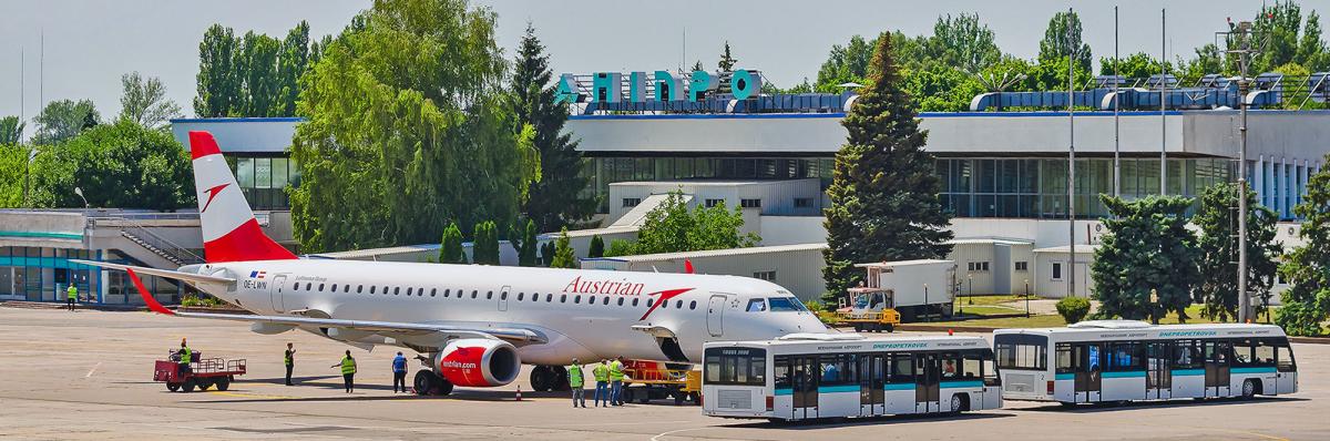 Из-за 'фейковой экономии' подрядчика на строительстве аэродрома в Днепре в марте из 8,5 млн гривень освоено лишь 5,8 млн - СМИ