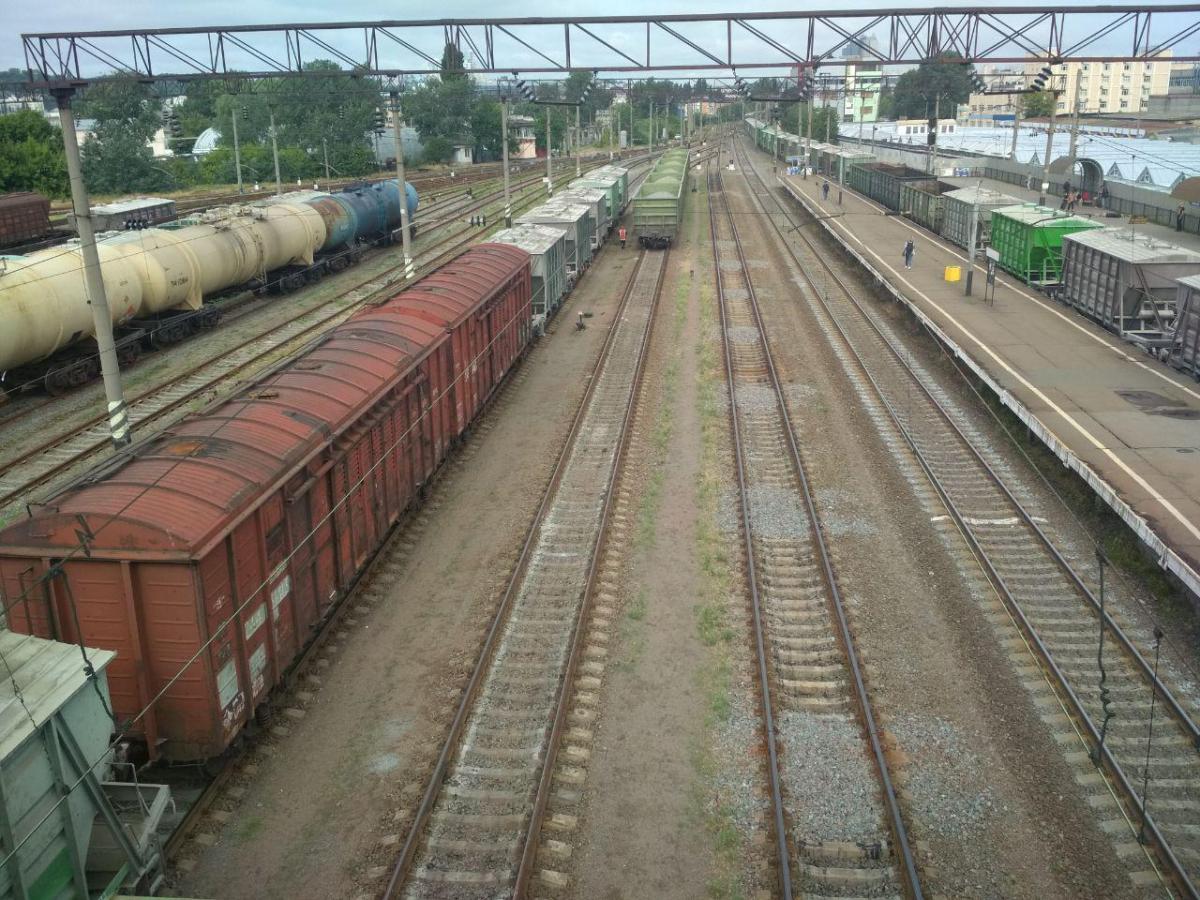 Строительство вагонов в Украине снизилось в три раза из-за импорта б/у вагонов из России - ФРУ