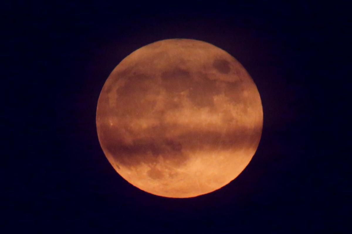 Полнолуние 26 мая: в чем его особенность и как оно повлияет на знаки Зодиака