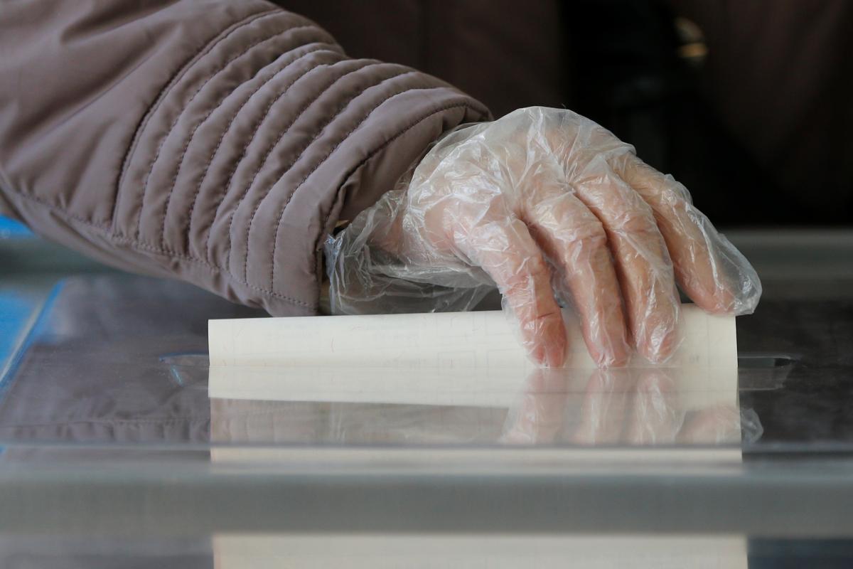 На Прикарпатье у одного из кандидатов в Раду 'украли' голоса