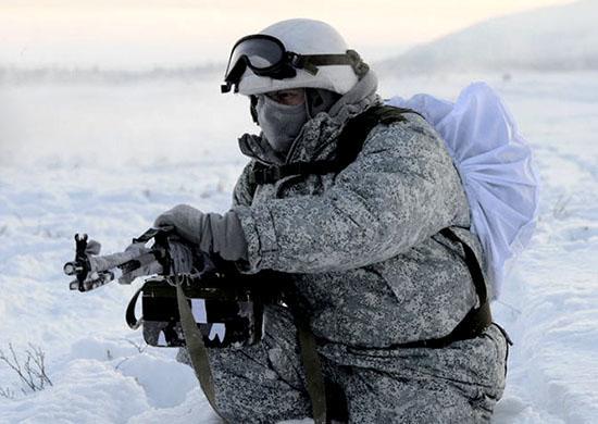 Россия собирается испытывать оружие в условиях Арктики