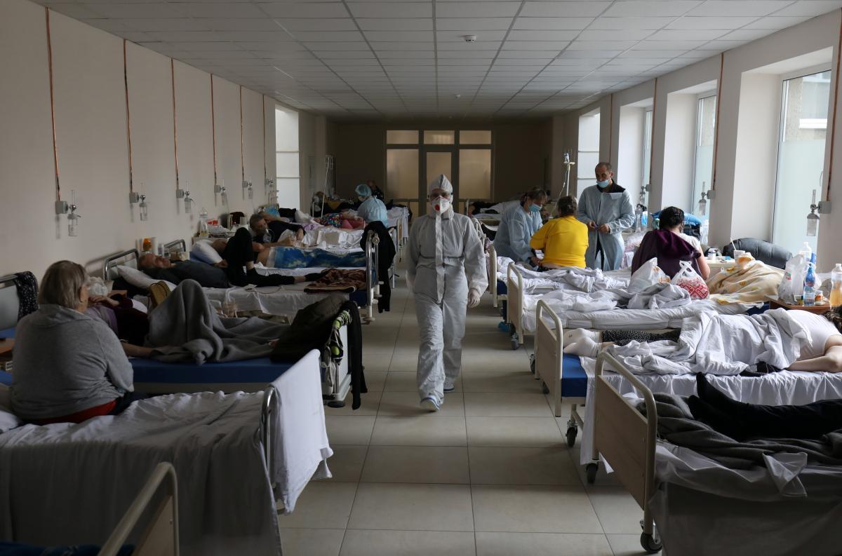 Более девяти миллионов больных: врач шокировал прогнозом заболеваемости COVID-19