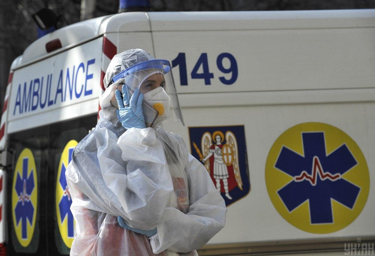 В Украине за сутки коронавирусом заболели почти 2 тысячи человек, 64 умерли