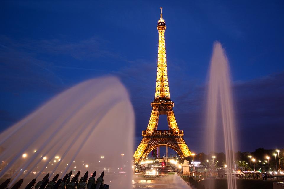Во Франции с 20 июня отменяется комендантский час