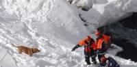 В Бурятии из-под лавины извлекли тела еще двух погибших туристов