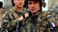 Во Франции военные поддержали отставных генералов, заявлявших о риске распада страны