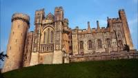 Из замка Арундел похищены золотые четки Марии Стюарт