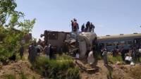 На юге Пакистана 36 человек погибли при столкновении поездов