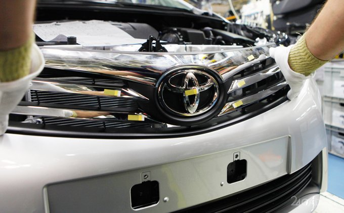 Toyota сообщила о перспективах создания твердотельных аккумуляторов (видео)