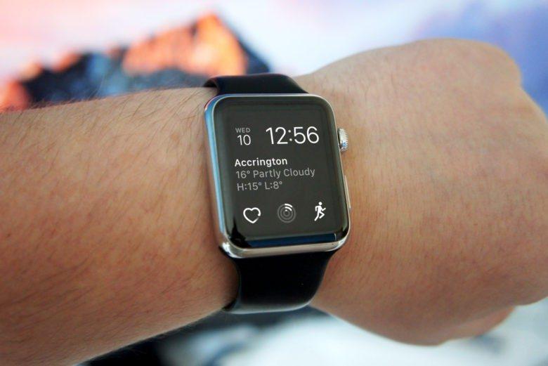 Apple пообещала бесплатный ремонт Apple Watch, если они перестали заряжаться