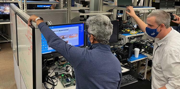 Игровые видеокарты Intel DG2 будут в 20 раз производительнее встроек Iris Pro из 2012 года