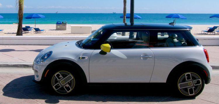 Mini выпустит последний автомобиль с ДВС в 2025 году, перейдёт на электротягу с 2030 года