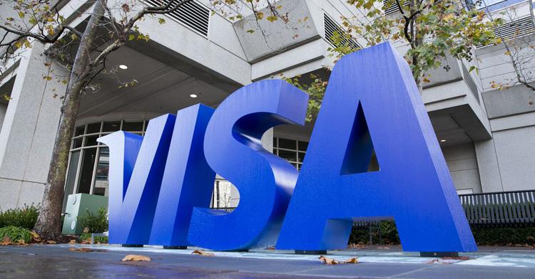 Visa начнёт работать с криптовалютами — расплатиться биткоинами можно будет практически везде