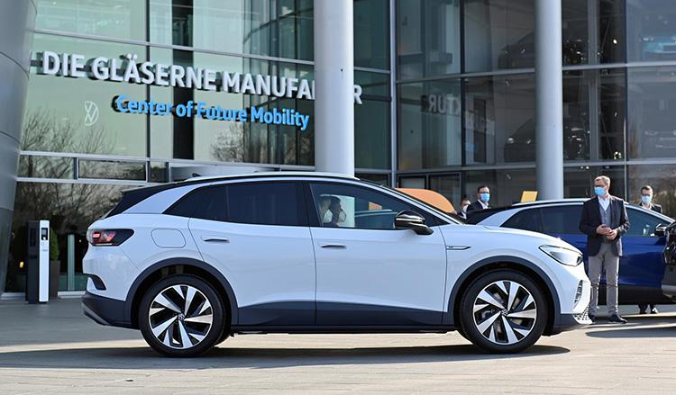 Volkswagen купит экологические квоты у Tesla в Китае