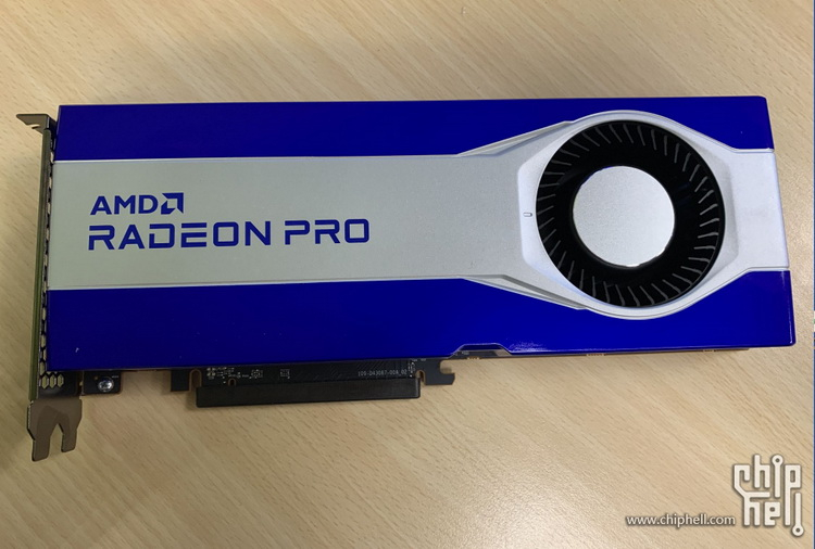 Появились первые изображения профессиональной видеокарты AMD Radeon PRO на базе RDNA 2 с 16 Гбайт видеопамяти