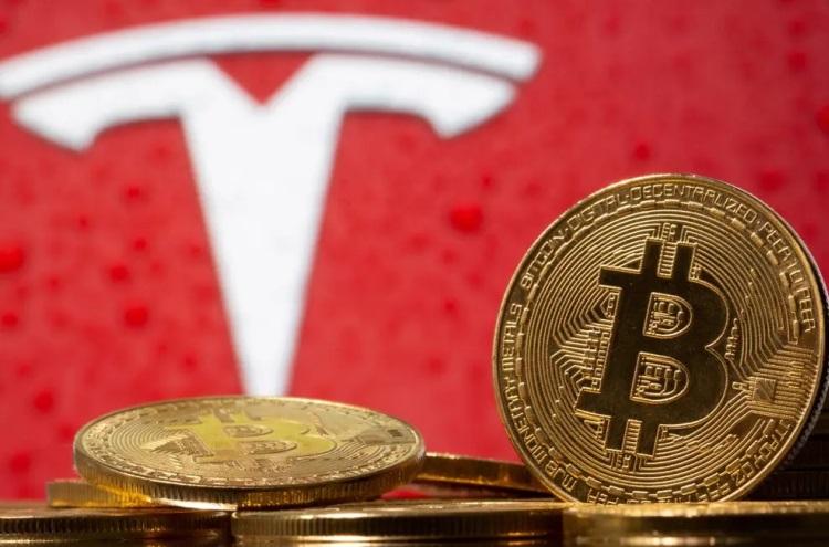 Инвестиции в биткоин принесли Tesla больше прибыли, чем продажи электромобилей за 2020 год