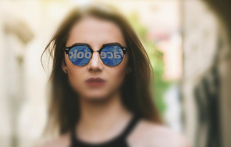 Прибыль Facebook практически удвоилась, а месячная аудитория достигла 2,85 млрд пользователей