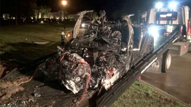 Следственный эксперимент подтвердил, что сгоревшая в Техасе Tesla не могла рулить самостоятельно