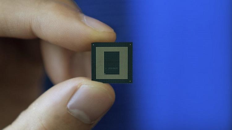 Следующий флагманский чип Snapdragon получит ядра на архитектуре ARM v9 и модем на 10 Гбит/с