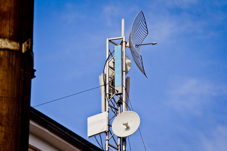 В России разрешили ещё год использовать радиочастоты 3,5-ГГц диапазона для организации интернет-доступа