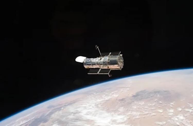 NASA уже неделю не может починить бортовой компьютер космического телескопа «Хаббл»