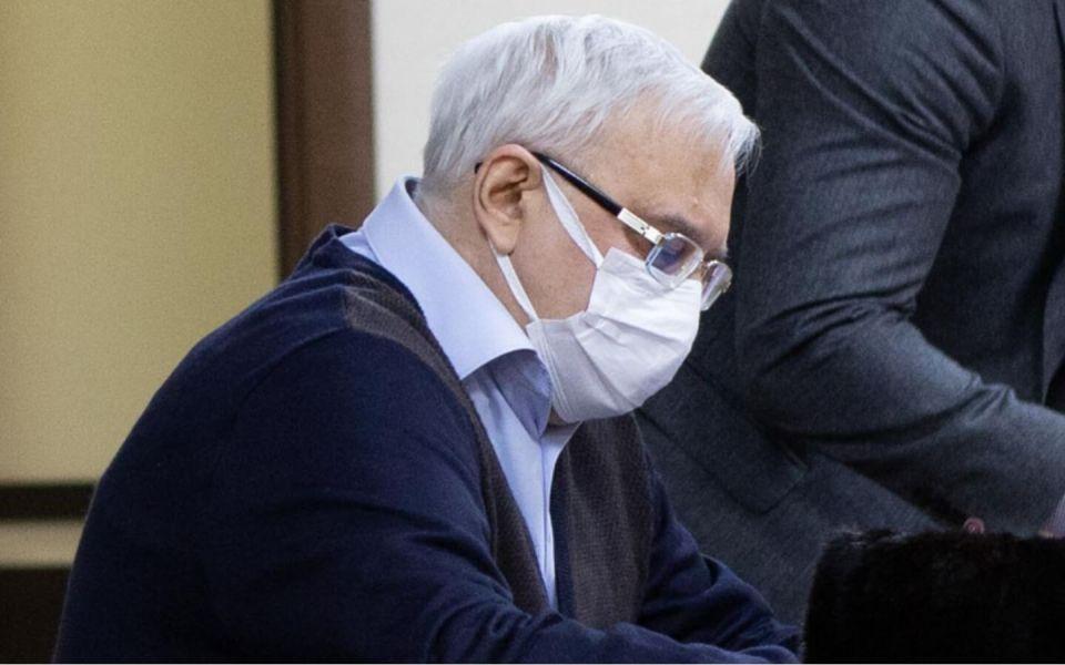 'Шито белыми нитками': адвокат экс-чиновника Голубцова отреагировал на обвинение