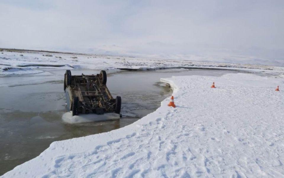 На Алтае муж и жена погибли, переправляясь через реку