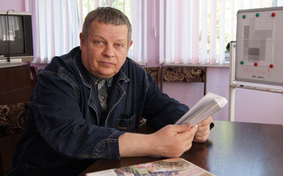 Умер алтайский писатель и журналист Федор Быханов