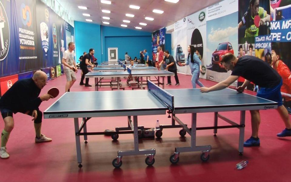Алтайские журналисты приняли участие в турнире по настольному теннису