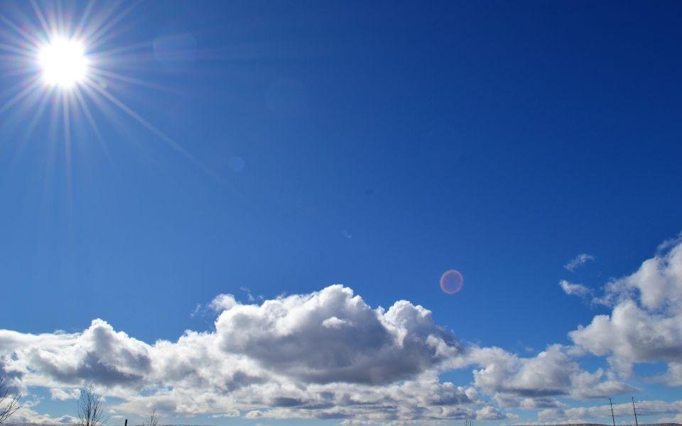 Ветреная, но теплая погода вернется 14 апреля в Алтайский край