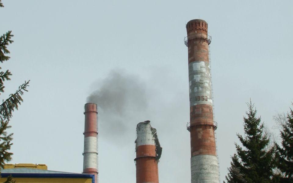 Авария на ТЭЦ-2 в Барнауле: почему рухнула труба и что будет с теплоснабжением