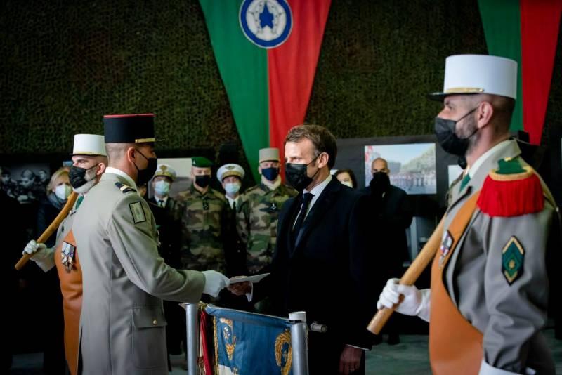 Египетское издание пишет о возможном военном перевороте во Франции