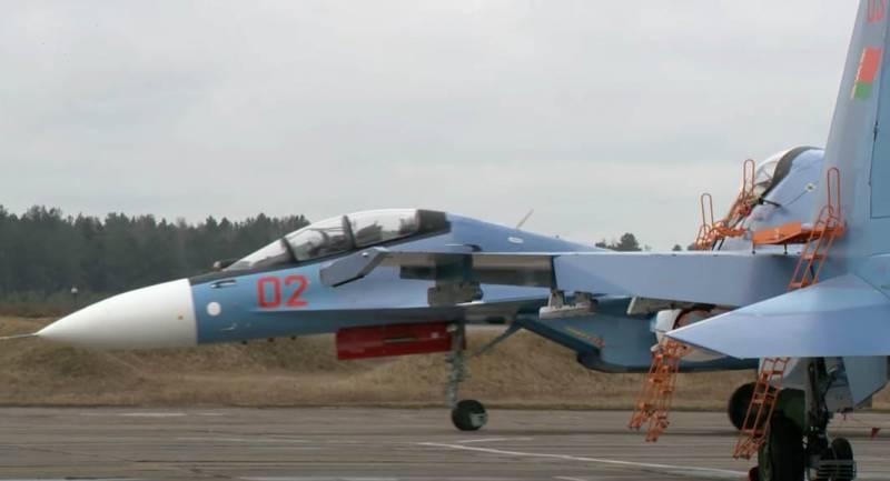 «Совместная подготовка экипажей самолётов Су-30СМ»: о создании центра ВВС и ПВО РФ и Беларуси