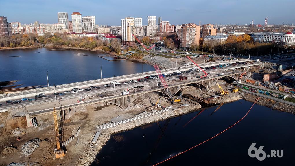 Алексей Орлов сказал, что Макаровский мост сдадут «на два года раньше срока». Это не совсем так