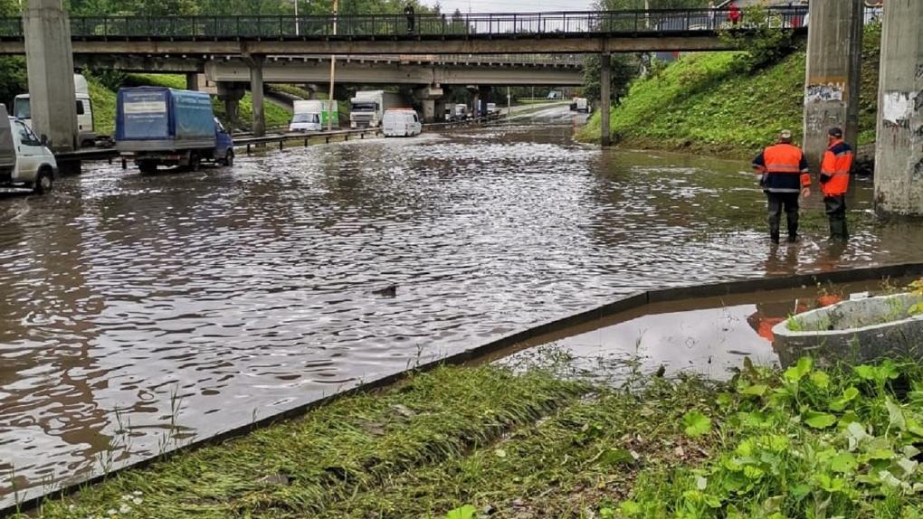В Екатеринбурге почти не строят ливневую канализацию. Зато на ее изучение из бюджета потратили 6 млн