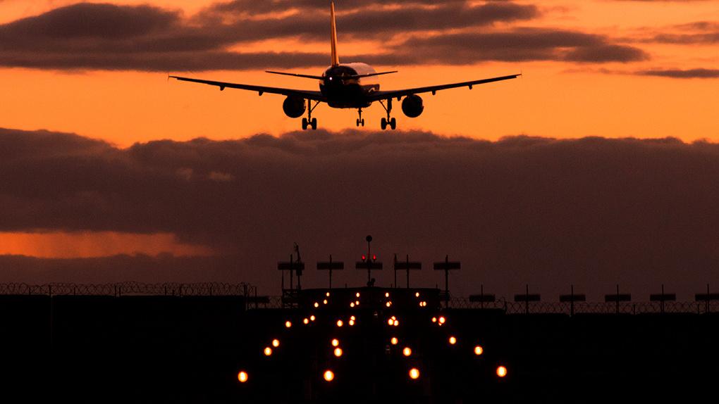 В Минстрое призвали изменить принципы установки запретов на стройки вокруг аэродромов